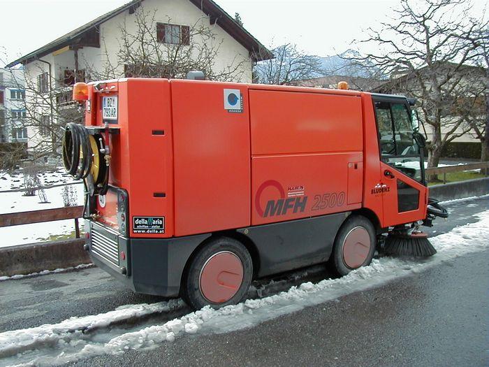 Stadt_Bludenz_Kehrmaschine.jpg